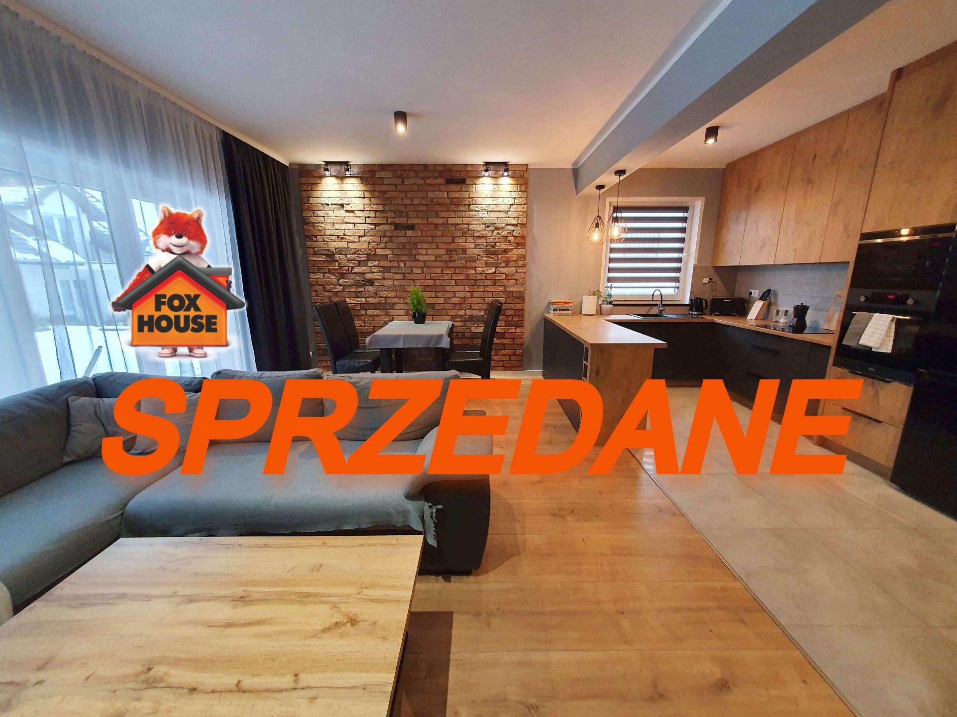 Dom – Szeregówka z Garażem – Budynek z 2019 roku – Działka 300 m2