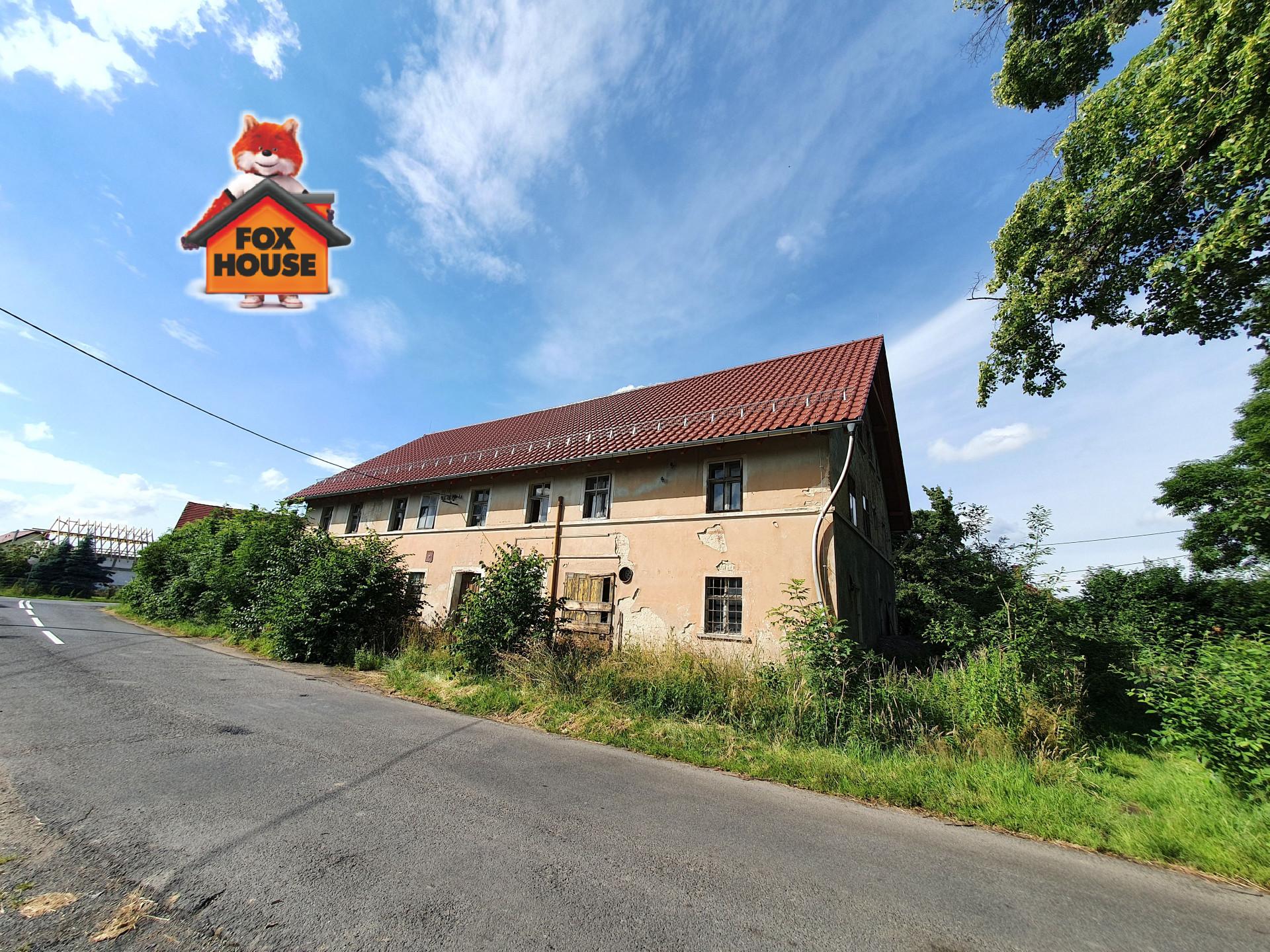 Dom z dużą działką w powiecie lwóweckim